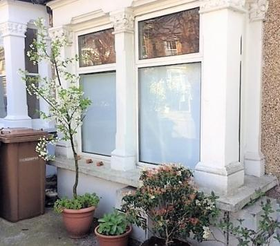 1 bedroom Ground Flat to rent on Mansfield Road, London, E17 by private landlord