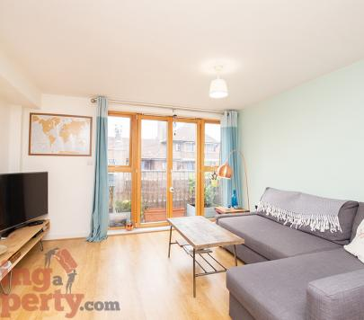 1 bedroom Furnished Apartment to rent on 14 Big Hill, London, E5 by private landlord