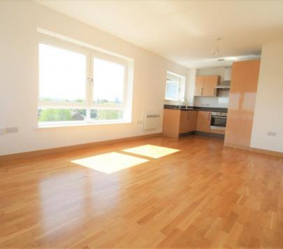 2 bedroom Any Penthouse to rent on Cherrydown East, Basildon, Essex, SS16 by private landlord