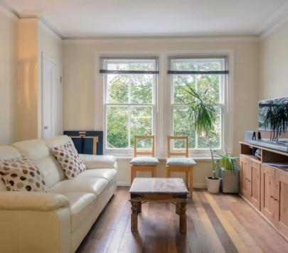 1 bedroom Furnished Apartment to rent on Sinclair Gardens, London, W14 by private landlord