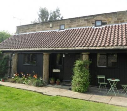 2 bedroom Furnished Semi-Detached to rent on The Courtyard, Wakefield, WF4 by private landlord