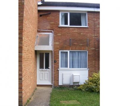 2 bedroom Unfurnished Terraced to rent on Long Meadow, Dunstable, LU5 by private landlord