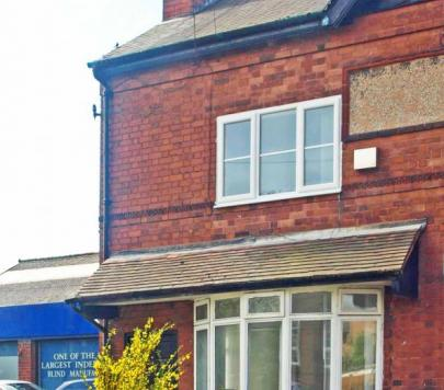 2 bedroom Unfurnished End of Terrace to rent on Elmore Green Road, Bloxwich, Walsall, WS3 by private landlord