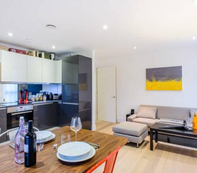 2 bedroom Furnished Flat to rent on Cropley street, London, N1 by private landlord