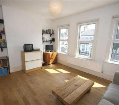 1 bedroom Unfurnished Flat to rent on Brewery Road, London, SE18 by private landlord