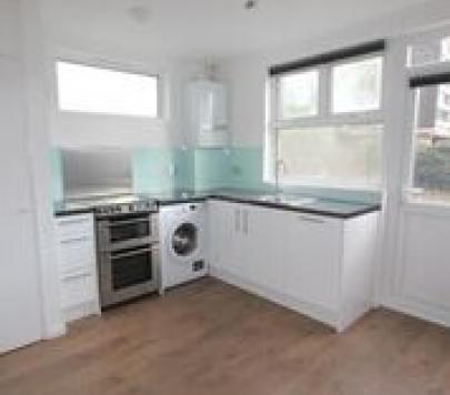 4 bedroom Furnished Semi-Detached to rent on Doran Walk, London, E15 by private landlord