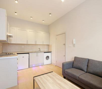 1 bedroom Furnished Studio to rent on London Road, Croydon, CR0 by private landlord