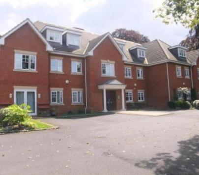 2 bedroom Unfurnished Apartment to rent on Buckingham Court, Middle Gordon Road, Camberley, Surrey, GU15 by private landlord