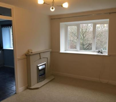 2 bedroom Unfurnished Flat to rent on Menzies Avenue, LAINDON, ESSEX, ss15 by private landlord