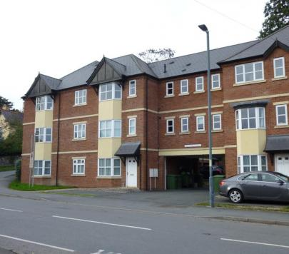 2 bedroom Unfurnished Apartment to rent on Victoria Road, Kington, HR5 by private landlord