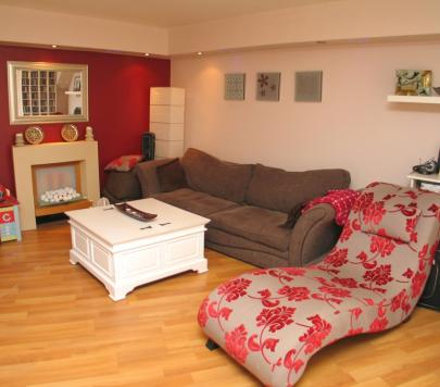 2 bedroom Furnished Flat to rent on Comer Crescent, Southall, UB2 by private landlord