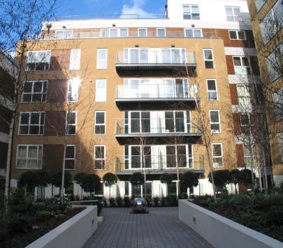 1 bedroom Furnished Apartment to rent on Bromyard Avenue, London, W3 by private landlord
