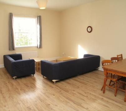 5 bedroom Furnished Apartment to rent on Osterley Views, Nr. Hanwell, Ealing, UB2 by private landlord