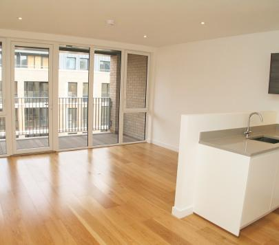 2 bedroom Unfurnished Apartment to rent on St Bernards Gate, Norwood Green, Nr. Hanwell, Middlesex, UB2 by private landlord