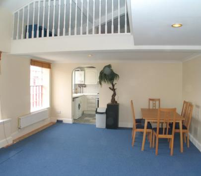 3 bedroom Furnished Apartment to rent on Chevy Road, Nr. Ealing, Hanwell, Middlesex, UB2 by private landlord