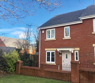 3 bedroom Unfurnished Semi-Detached to rent on Russell Walk, Exeter, EX2 by private landlord