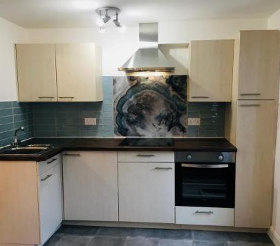 2 bedroom Part-Furnished Flat to rent on Semilong Road, Northampton, NN2 by private landlord