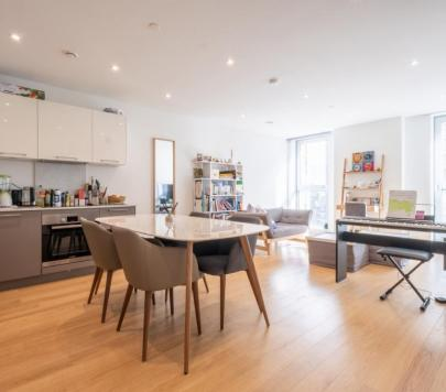 2 bedroom Furnished Apartment to rent on Southwark Bridge Road, London, SE1 by private landlord