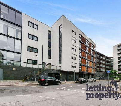 2 bedroom Part-Furnished Studio to rent on 1 Channelsea Road, London, E15 by private landlord