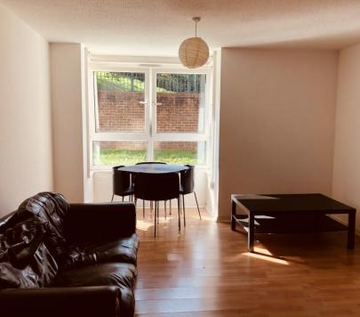 2 bedroom Furnished Ground Flat to rent on Congleton Grove, London, SE18 by private landlord